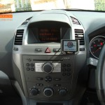 Vauxhall Zafira Fitted With Parrot Mki9200